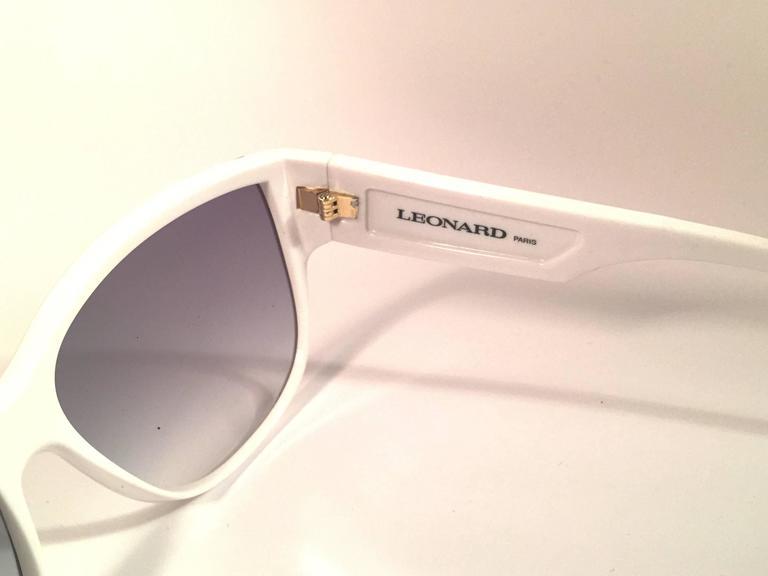 Women's New Vintage Leonard LE1406 White Mosaic 1970's France Sunglasses For Sale