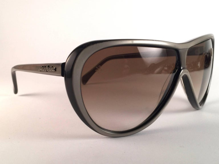 Black New Vintage Persol Ratti Pininfarina Grey Metal Made in Italy Sunglasses 1980's For Sale