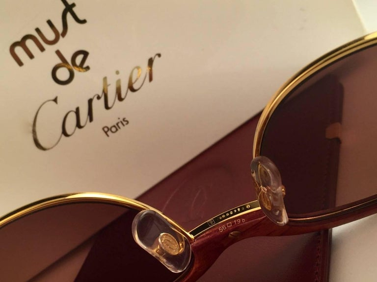 New Cartier Wood Malmaison Precious Wood Palisander and Gold 56mm Sunglasses  For Sale 3