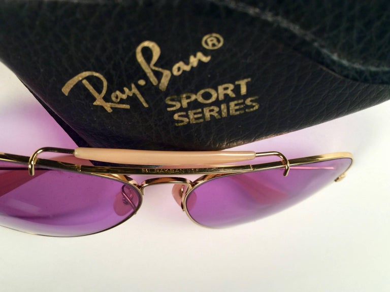 Ray Ban Purple Chromax 58MM Outdoorsman USA Sunglasses In New Condition For Sale In Amsterdam, Noord Holland