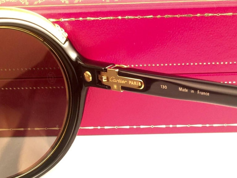 Cartier Diabolo Gold and Black 53MM Sunglasses France, 1991 For Sale 3
