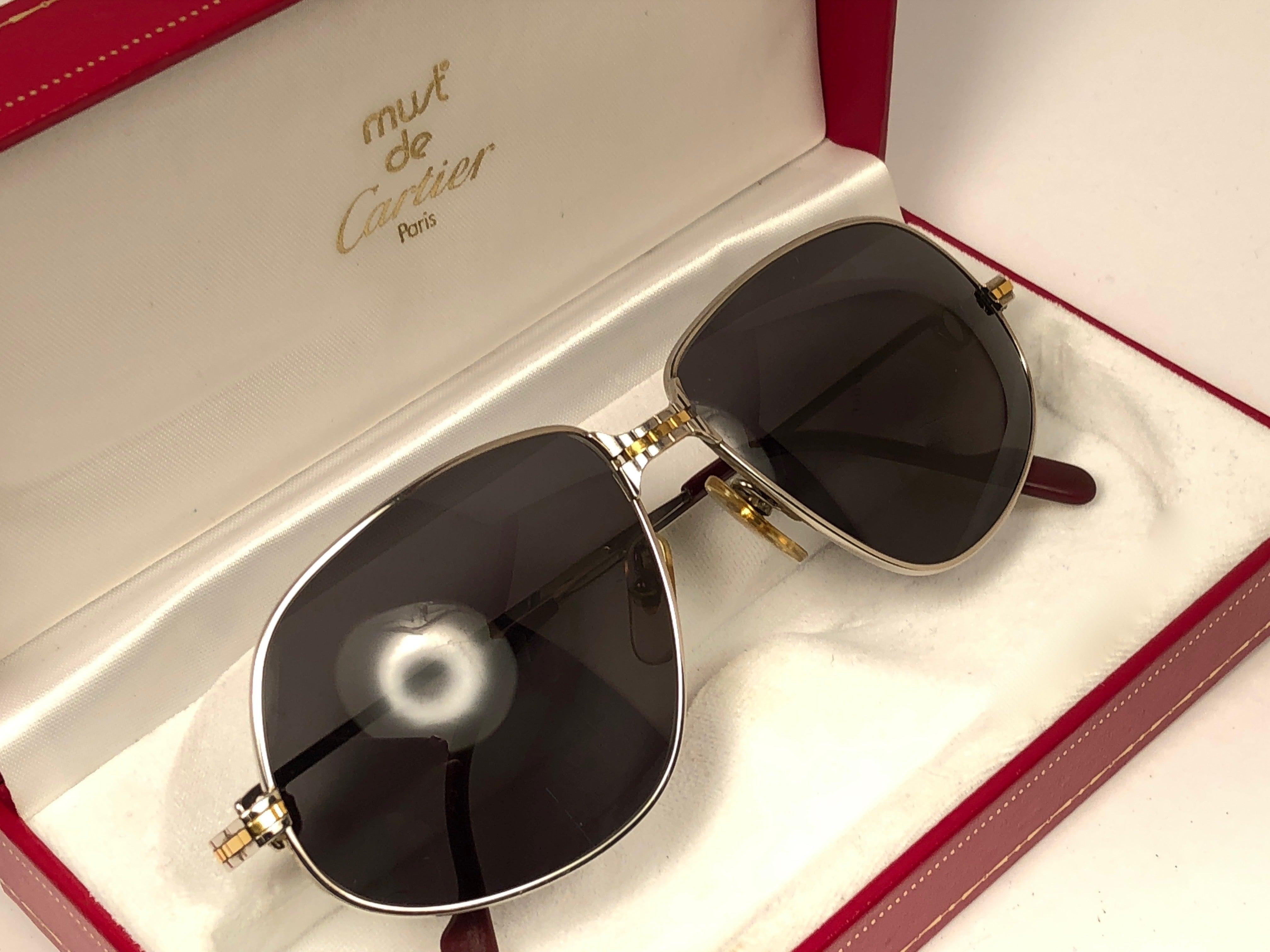 03968ea8111 New Vintage Cartier Panthere 59MM Platine Heavy Plated Sunglasses France 18k  For Sale at 1stdibs