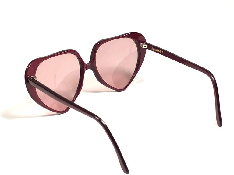 Women's Oliver Goldsmith Vintage LOVE U Heart Shaped Sunglasses Made in England, 1980   For Sale