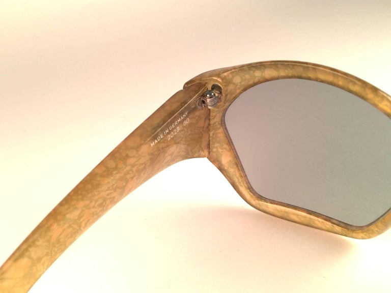 New Vintage Christian Dior 2028 60 Jasped Marbled Green Optyl Sunglasses In New Condition For Sale In Amsterdam, Noord Holland