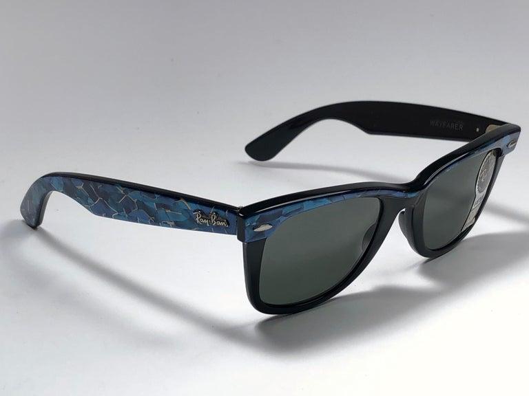 Women's New Ray Ban The Wayfarer Blue / Black B&L G15 Grey Lenses USA 80's Sunglasses For Sale
