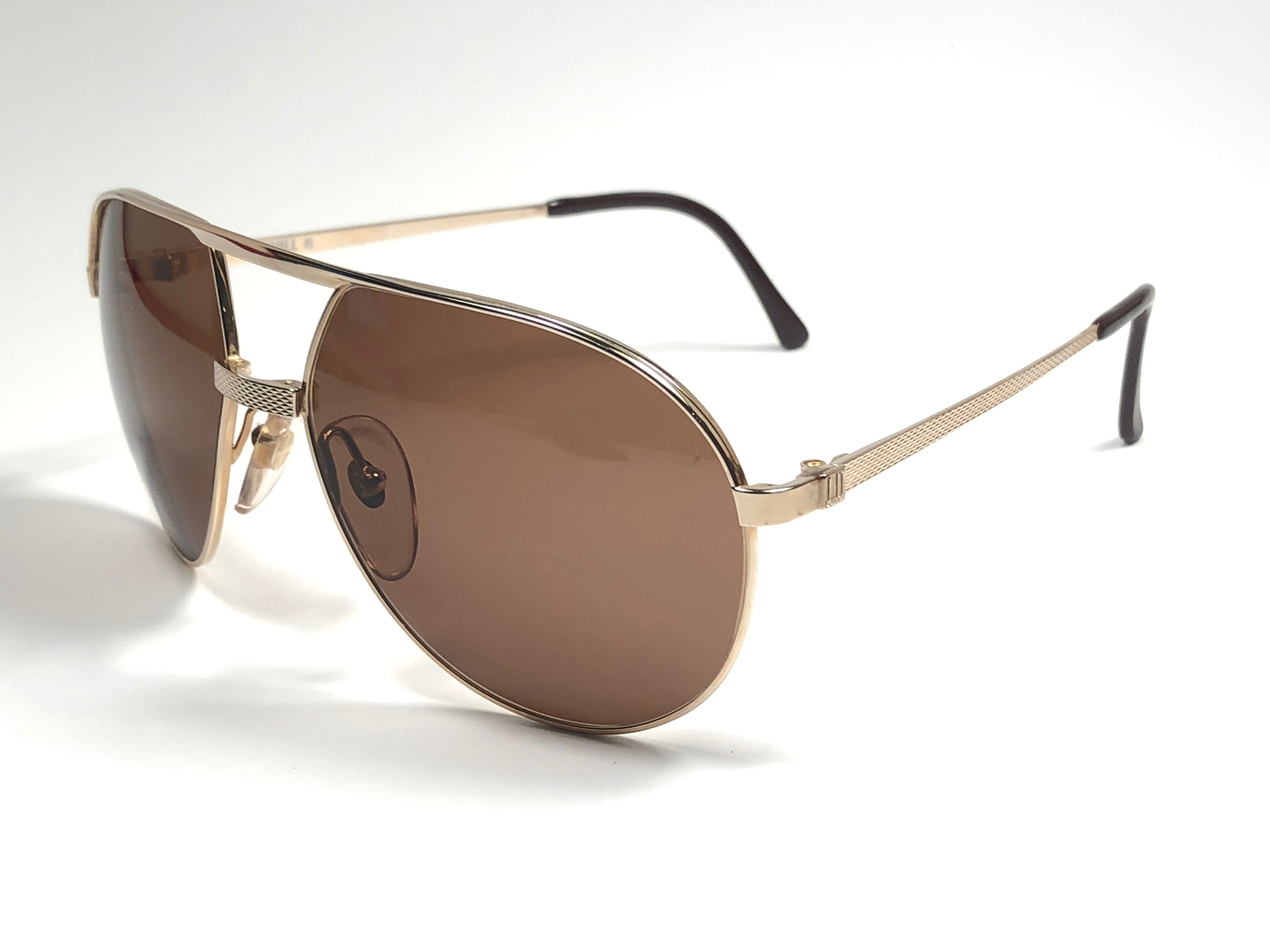 1c159f05cd New Vintage Dunhill 6042 Gold Frame Aviator Brown Lenses Sunglasses France  For Sale at 1stdibs