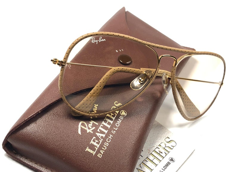 Women's or Men's Vintage Ray Ban Vintage Tan Perforated Leathers Aviator 58MM B&L Sunglasses For Sale