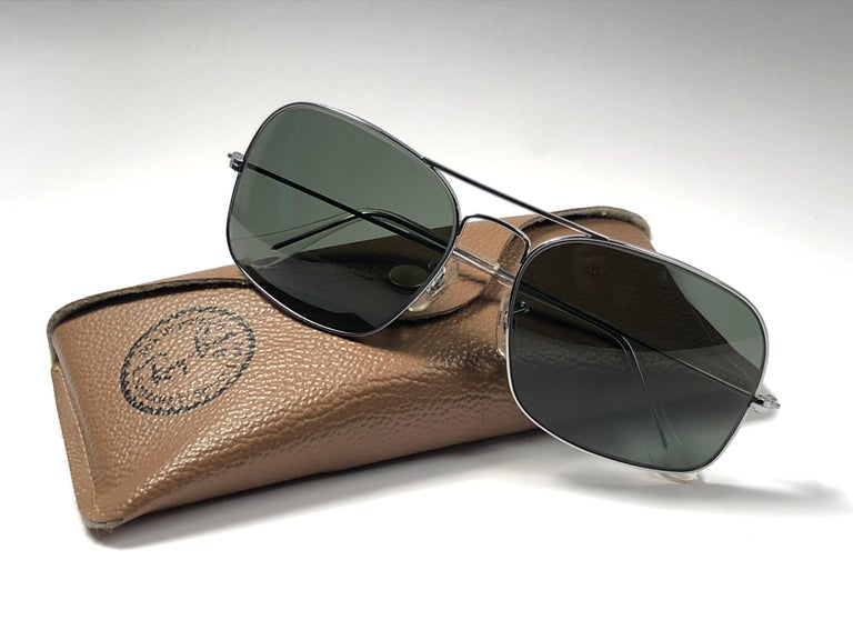 Women's or Men's Vintage Ray Ban Avalar Silver Grey G15 Lenses B&L Sunglasses, 1970s  For Sale