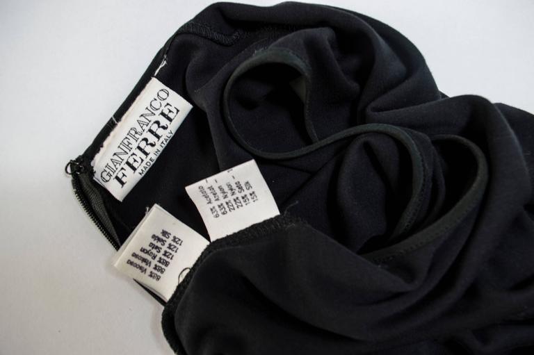 Women's Gianfranco Ferrè 1980s sheath dress women's black silk blend size 40 For Sale