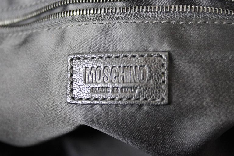 1990s Moschino Black Fur and Leather Hand Bag  For Sale 5
