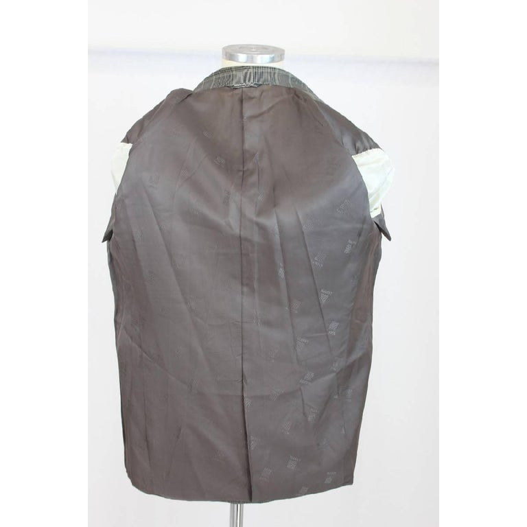 Lanvin Paris vintage pure wool check black gray classic jacket size 50 it 1970s  In Excellent Condition For Sale In Brindisi, IT