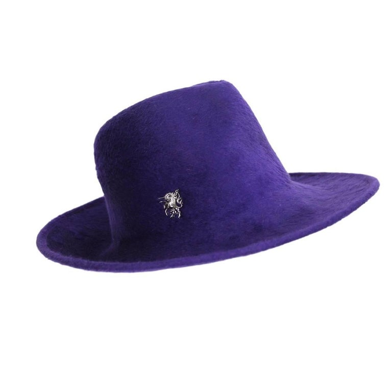Philip Treacy purple wool felt hat size M made England