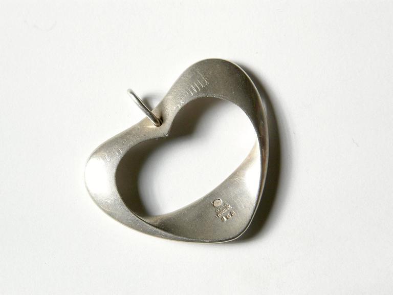 Henning Koppel for Georg Jensen Modernist Sterling Heart Pendant For Sale 1
