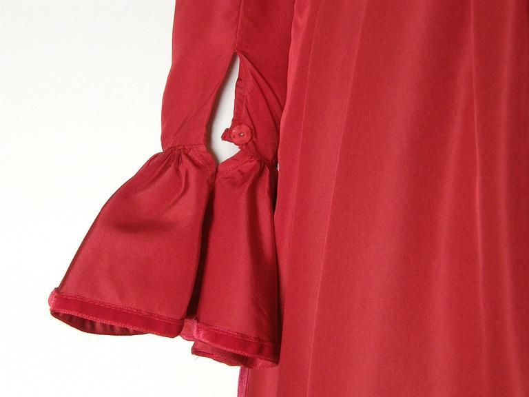 Red Silk Taffeta Oscar de la Renta Gown 9