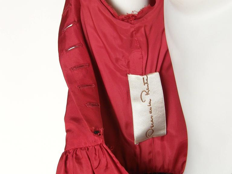 Red Silk Taffeta Oscar de la Renta Gown 10