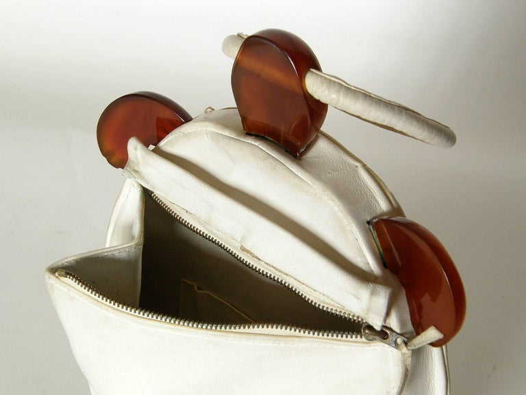 Women's or Men's Turtle Shaped Handbag in Cream Leather and Carved Bakelite  For Sale