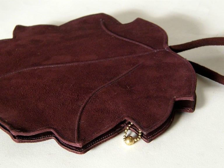 Leaf Shaped Handbag in Aubergine Colored Suede For Sale 1