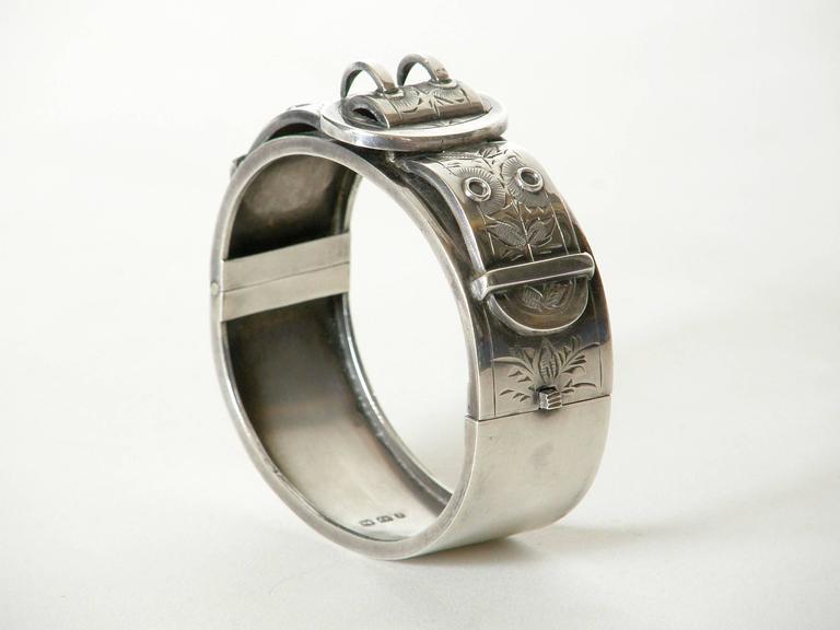 Women's Victorian Sterling Buckle Bracelet For Sale