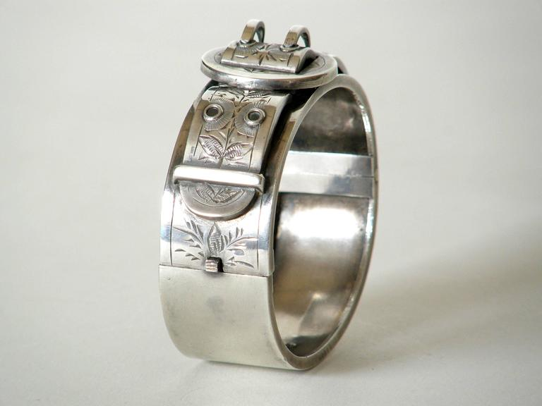 Victorian Sterling Buckle Bracelet In Good Condition For Sale In Chicago, IL