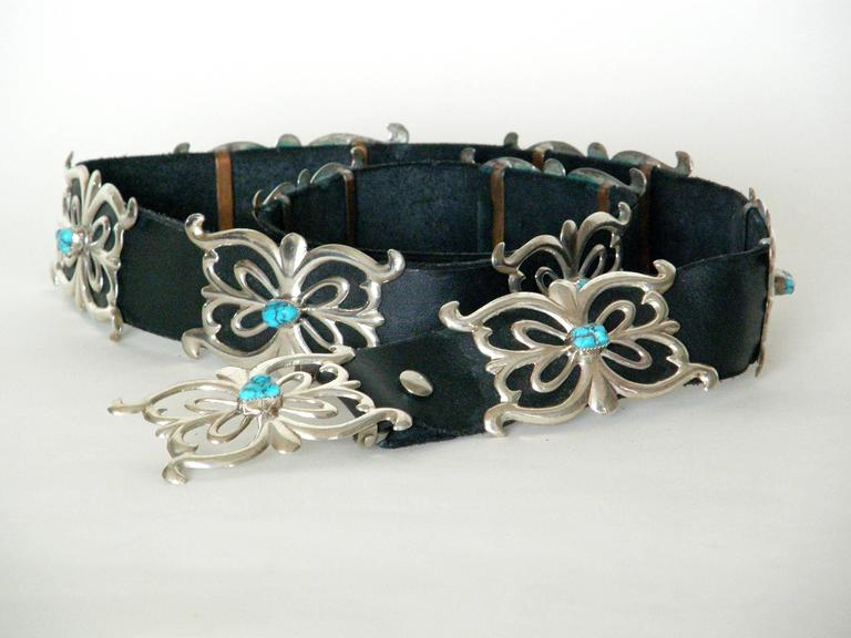 Native American Sterling and Turquoise Concho Belt In New Condition For Sale In Chicago, IL