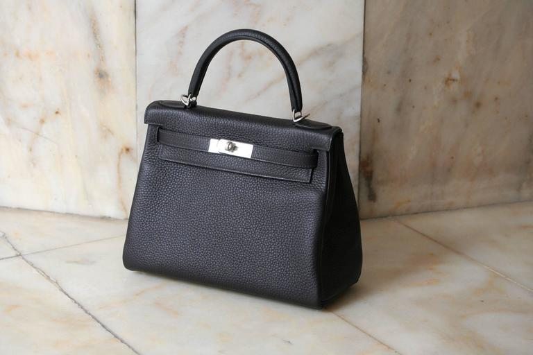 Black HERMES Kelly Prunoir Clemence 28' For Sale