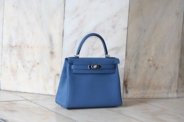 Blue HERMES Kelly Togo 28' Bleu Agathe For Sale