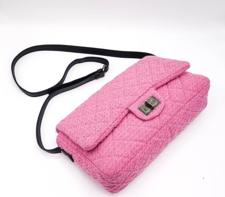 Chanel Pink Tweed Reissue Crossbody Flap Bag 4
