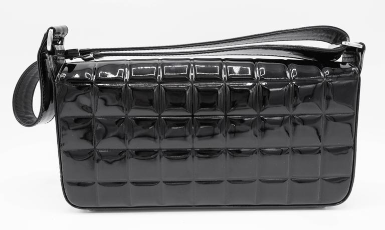 Women's or Men's Chanel Patent Black Chocolate Bar with Silver Hardware Bag For Sale