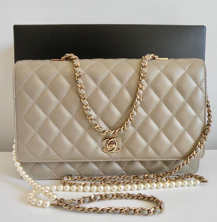 Chanel Fantasy Pearls Flap Bag Gold with  Lt Gold Hardware 2