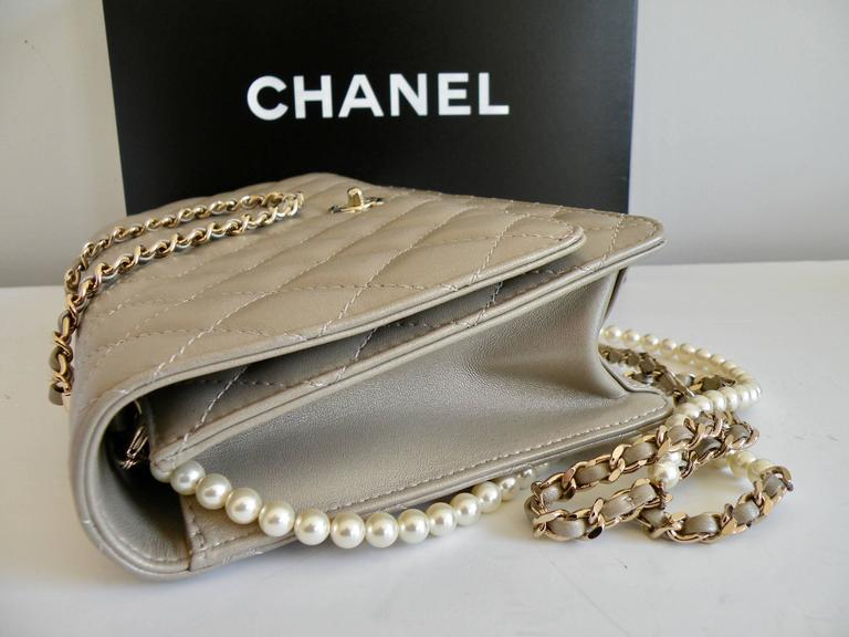 Chanel Fantasy Pearls Flap Bag Gold with  Lt Gold Hardware 4