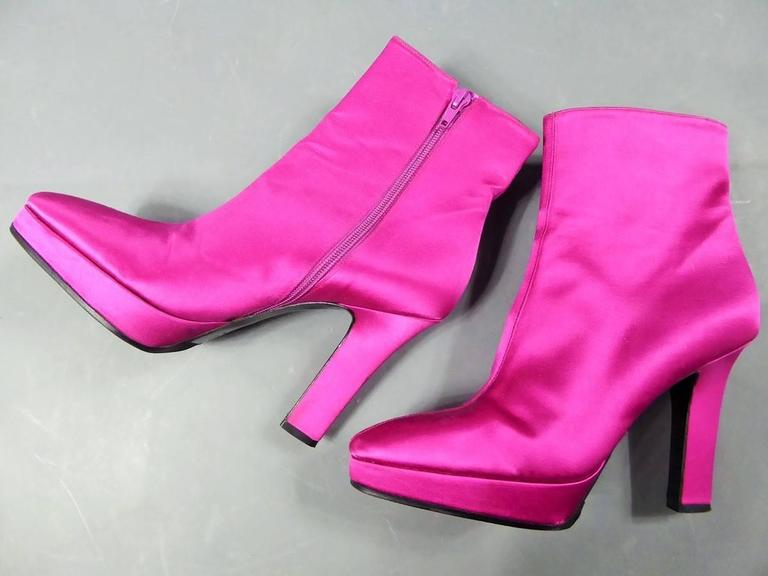 Yves Saint Laurent Shocking Pink Shoes For Sale 4