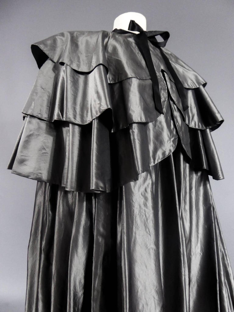 Women's Christian Dior Haute Couture Cape Number 15592 For Sale