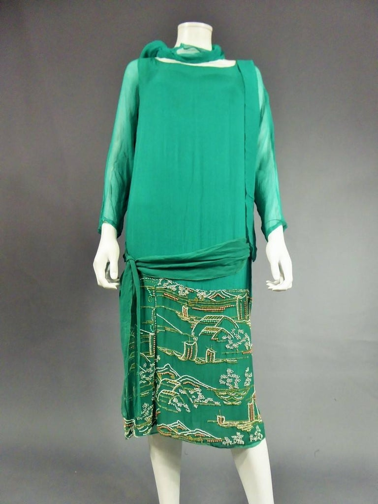 Blue Japanese Art Deco embroidered silk crepe Haute Couture Dress France, Circa 1925 For Sale