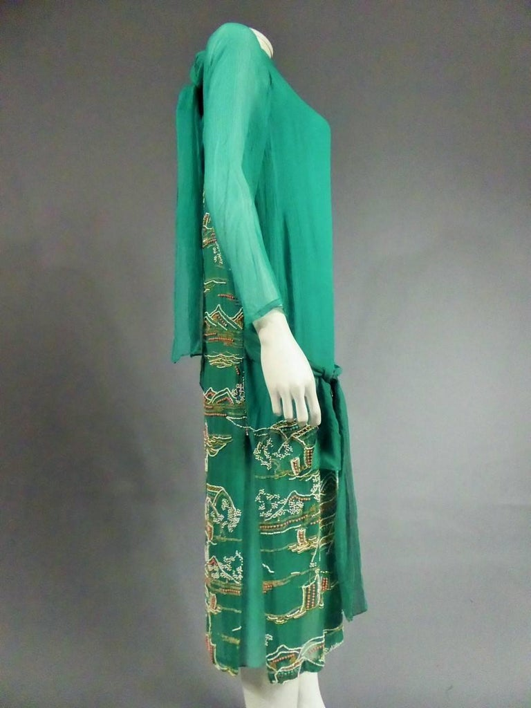 Japanese Art Deco embroidered silk crepe Haute Couture Dress France, Circa 1925 For Sale 3
