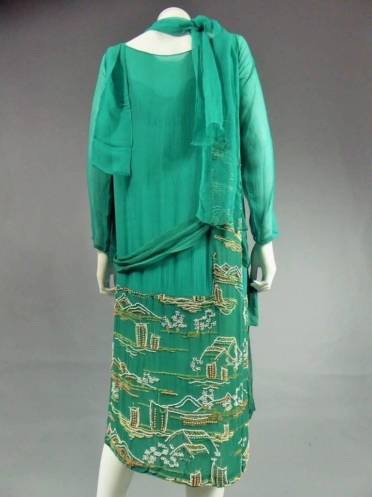 Japanese Art Deco embroidered silk crepe Haute Couture Dress France, Circa 1925 For Sale 4