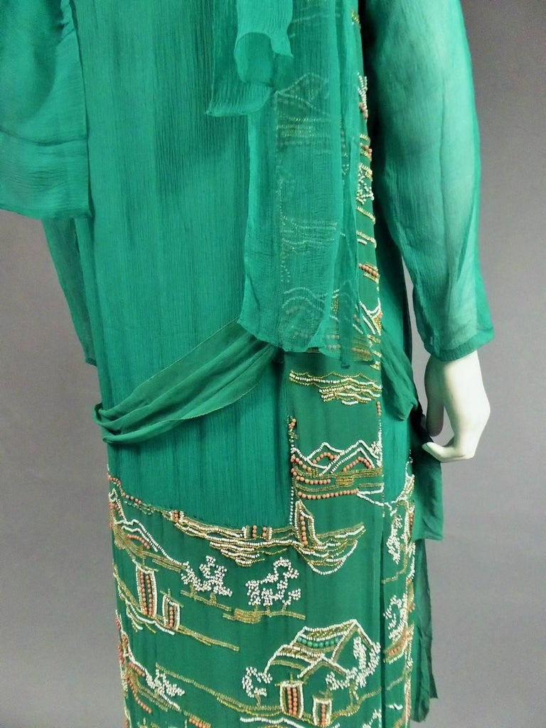 Japanese Art Deco embroidered silk crepe Haute Couture Dress France, Circa 1925 For Sale 5