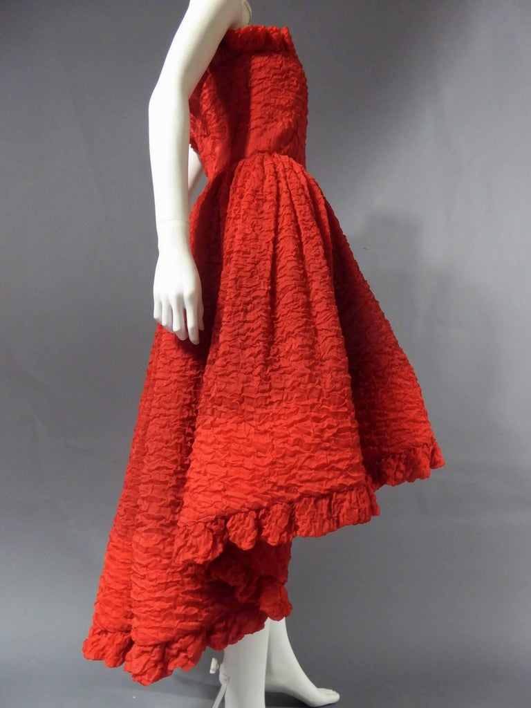 Pierre Cardin Haute Couture Red Silk strapless cocktail dress, Circa 1980 For Sale 4