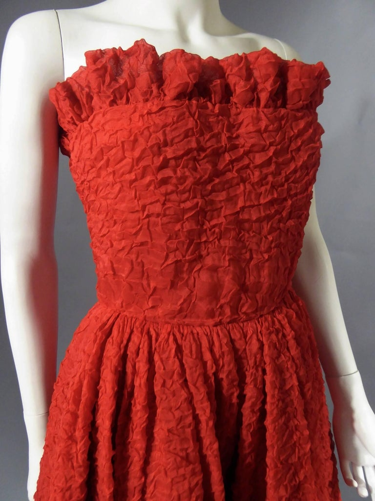 Pierre Cardin Haute Couture Red Silk strapless cocktail dress, Circa 1980 For Sale 5