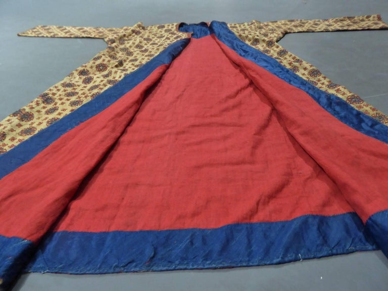 Ottoman Banyan in Embroidered Silk - Early 19th century For Sale 1