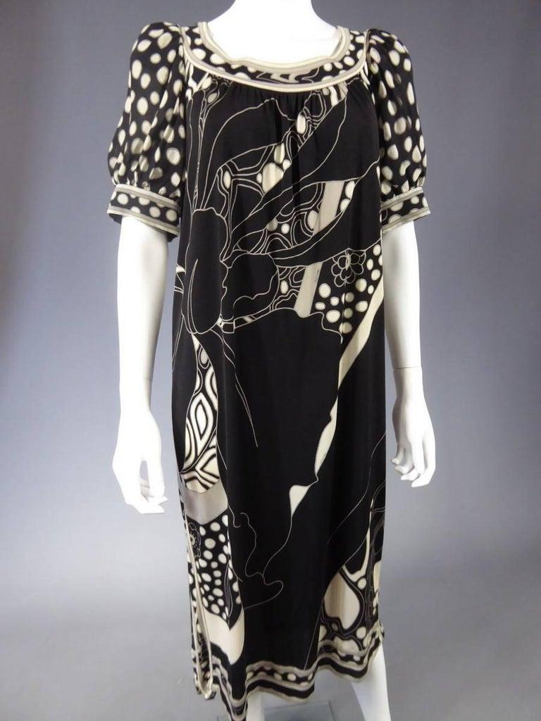Women's Léonard Dress, Circa 1970 - 1975 For Sale