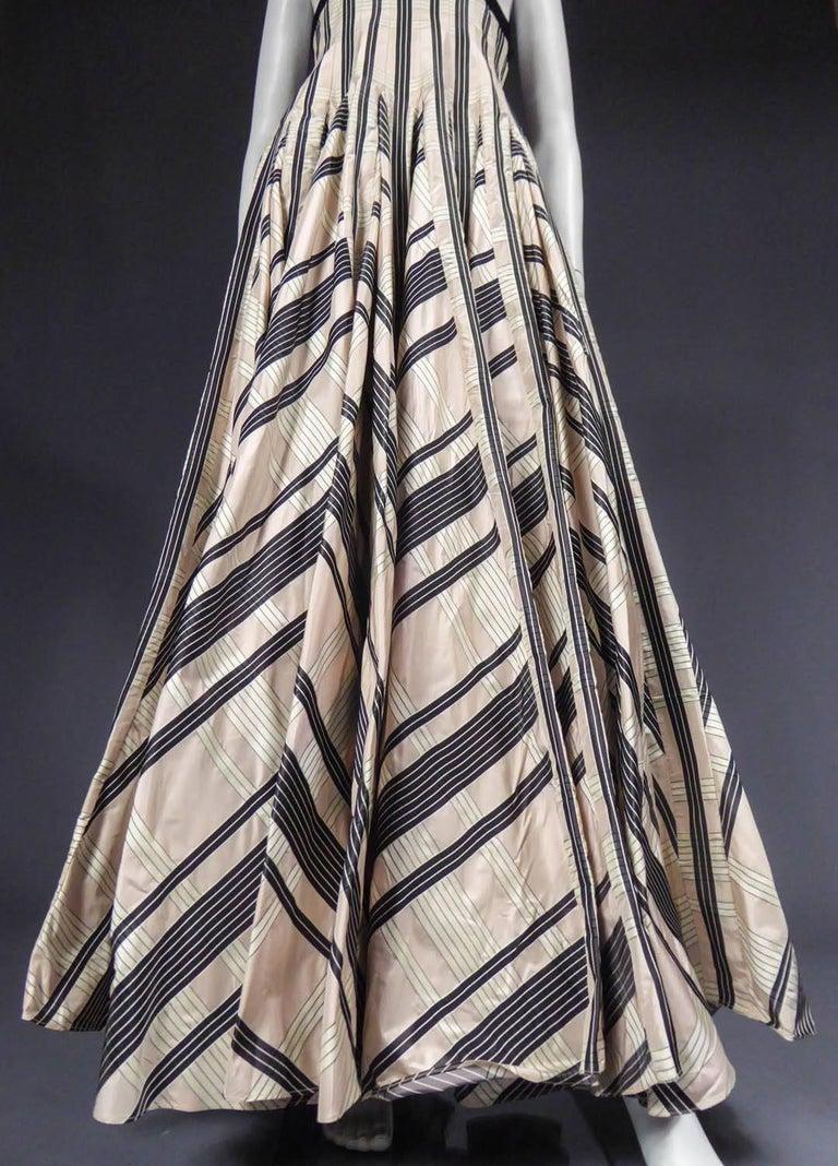 Women's Rochas silk skirt - Circa 2000 For Sale