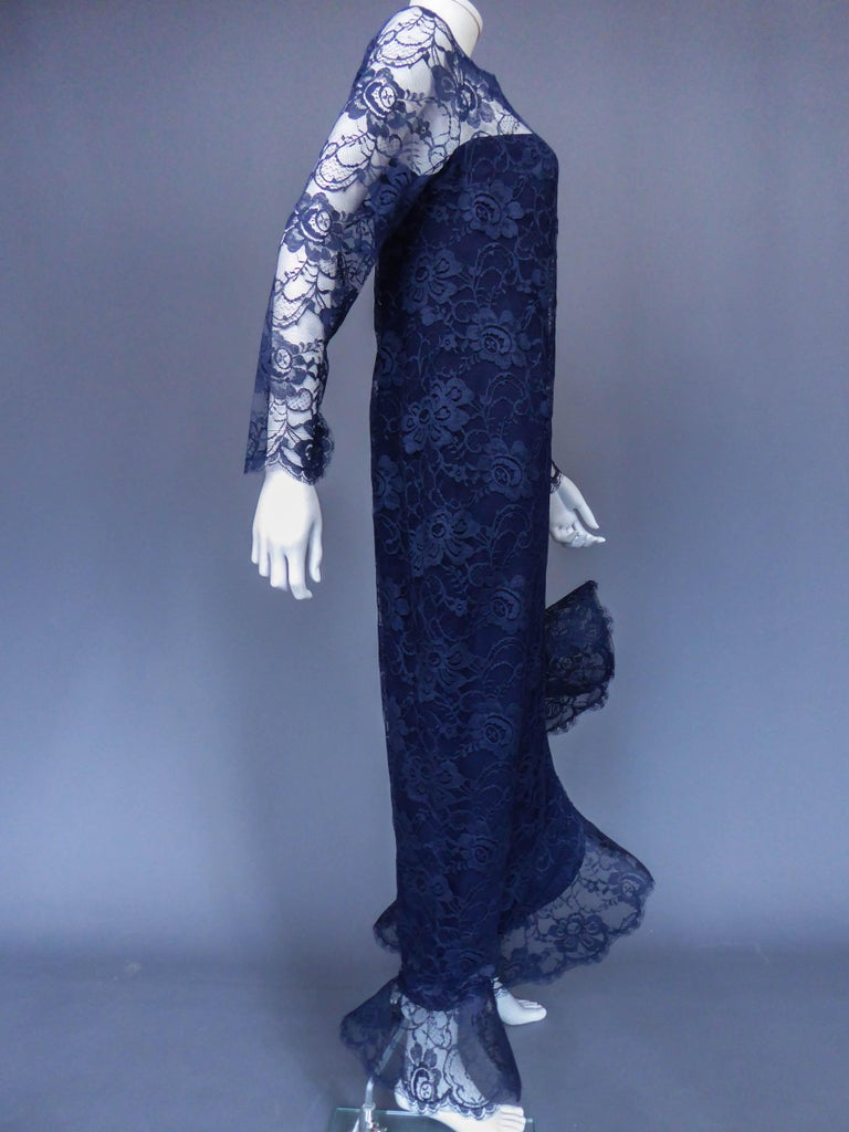 Evening dress and cape attributed to Pierre Cardin Couture, Circa 1985 For Sale 6