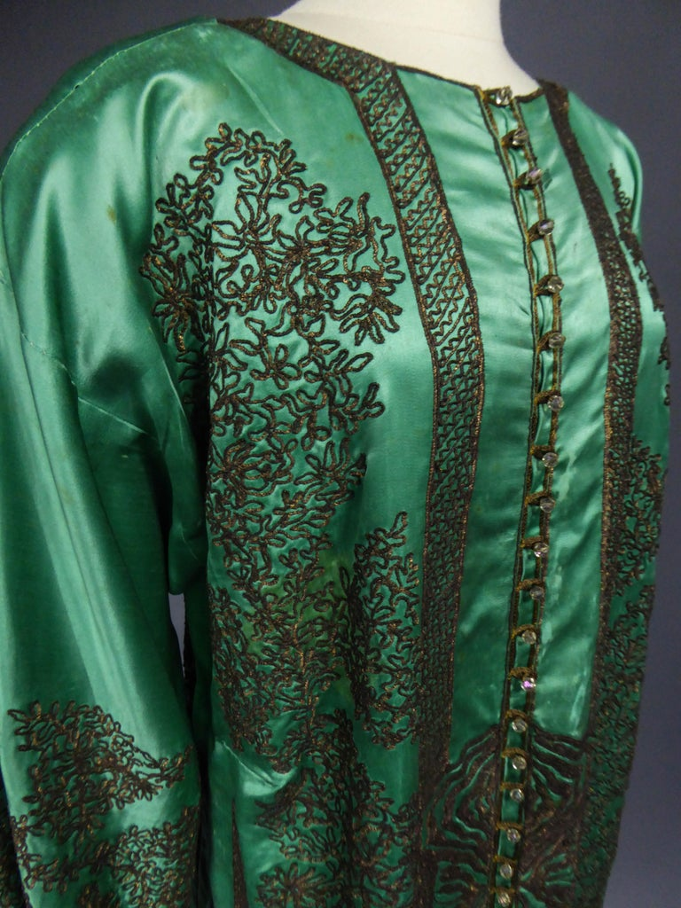 Babani Couture Kaftan or Party Kimono in green satin with appliqué  For Sale 3