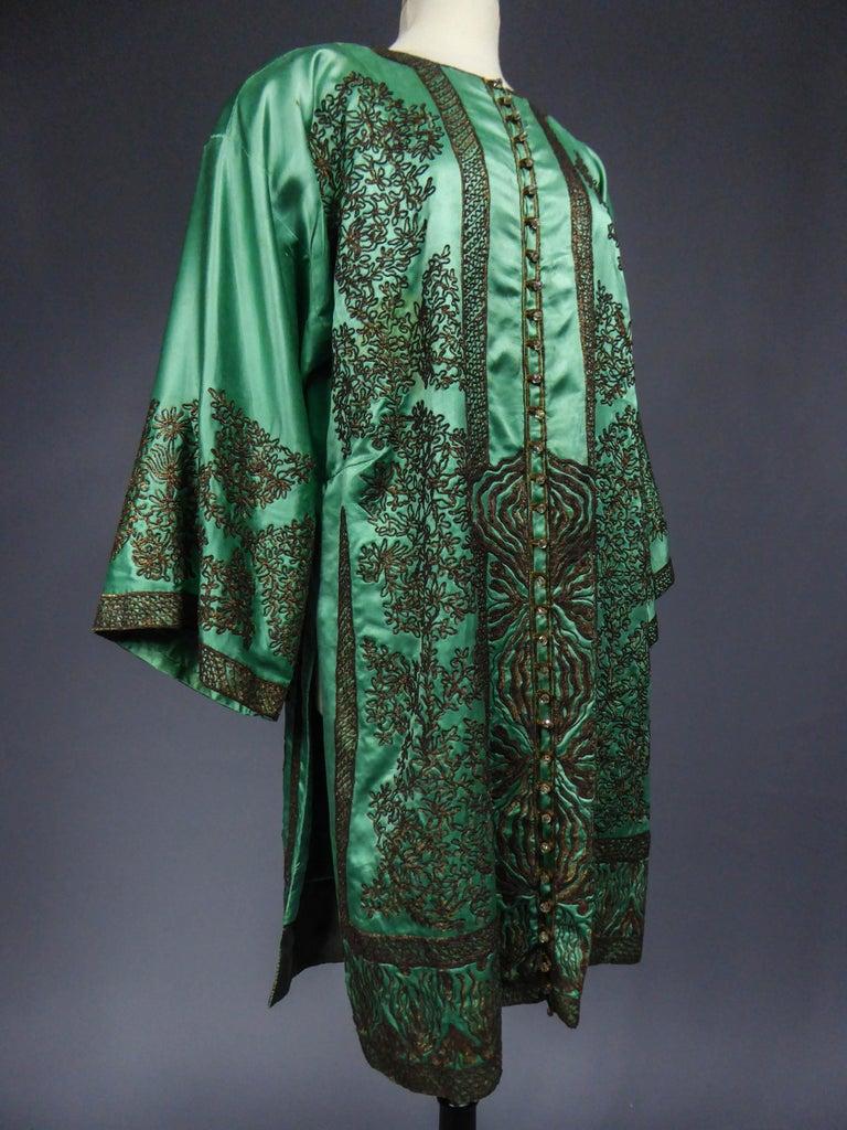 Babani Couture Kaftan or Party Kimono in green satin with appliqué, circa 1915 For Sale 2