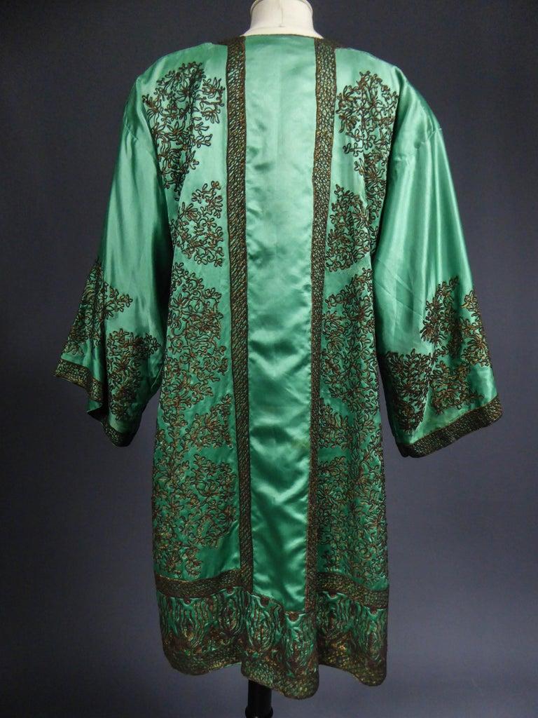 Babani Couture Kaftan or Party Kimono in green satin with appliqué, circa 1915 For Sale 5