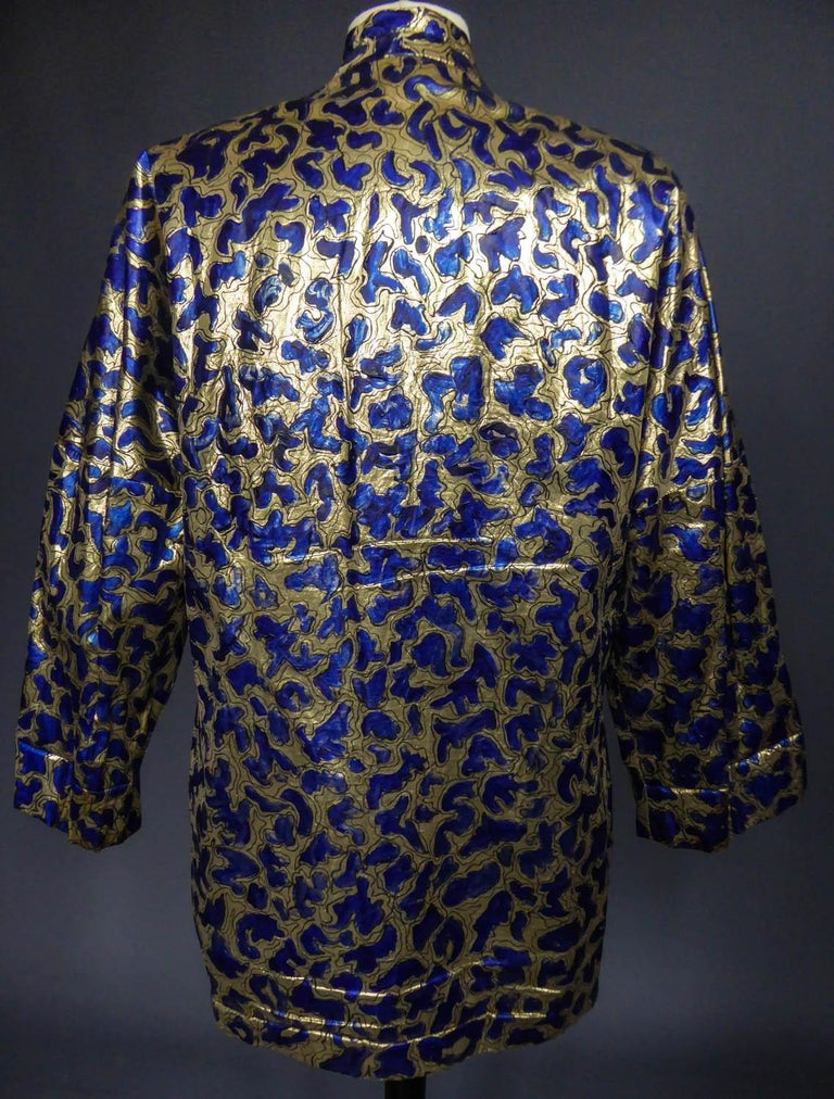 Blue painted and gold lamé Kimono in the manner of Matisse Circa 1960 For Sale 4
