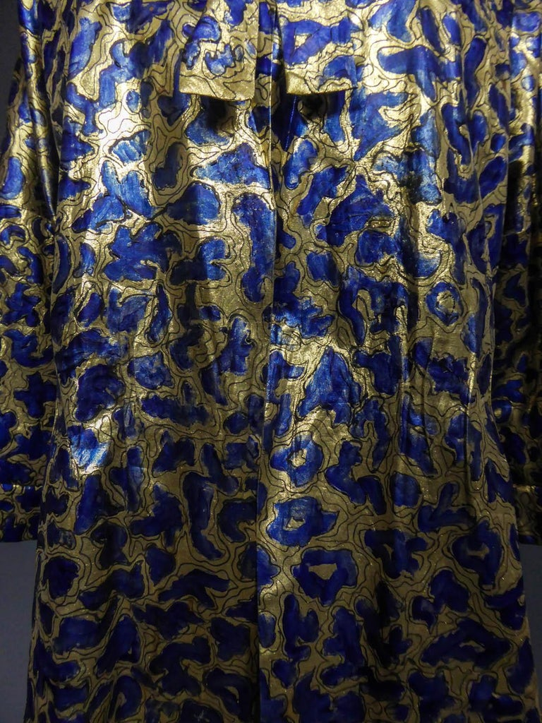 Blue painted and gold lamé Kimono in the manner of Matisse Circa 1960 For Sale 6