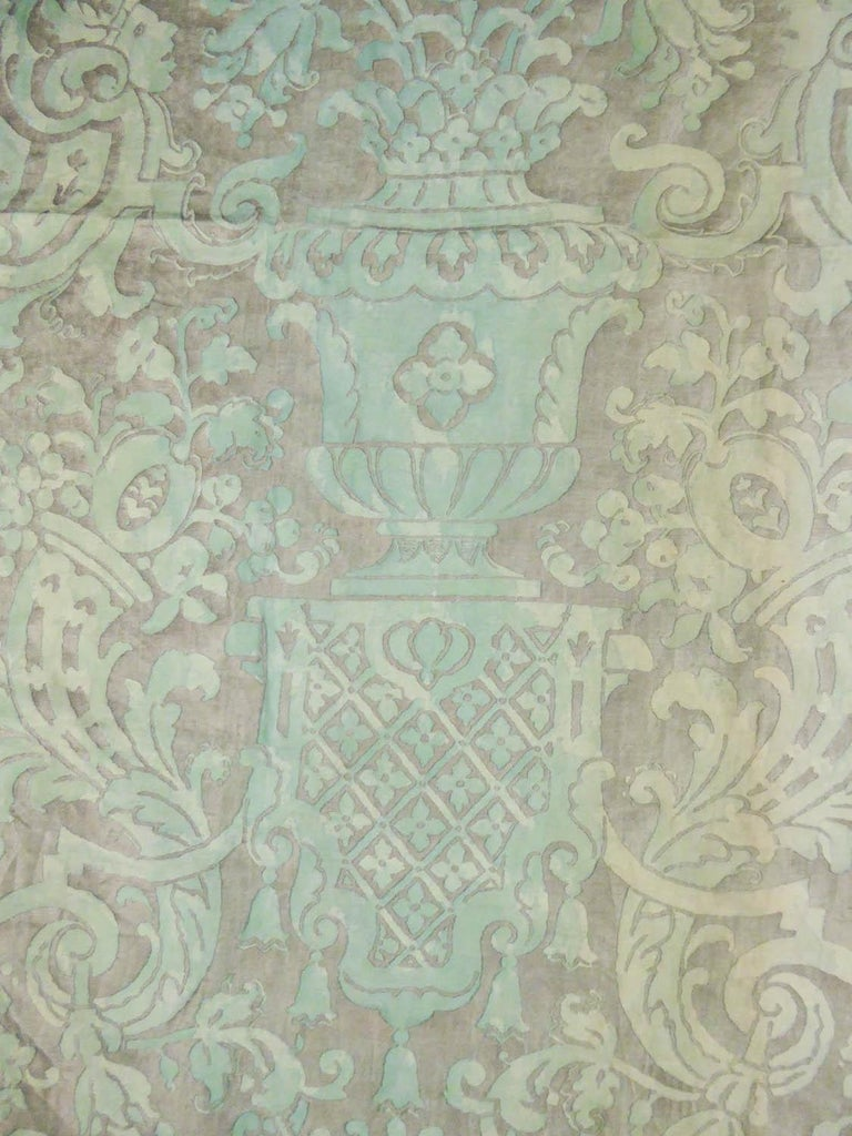Mariano Fortuny Pair of silver printed curtains Venice, circa 1920 For Sale 2