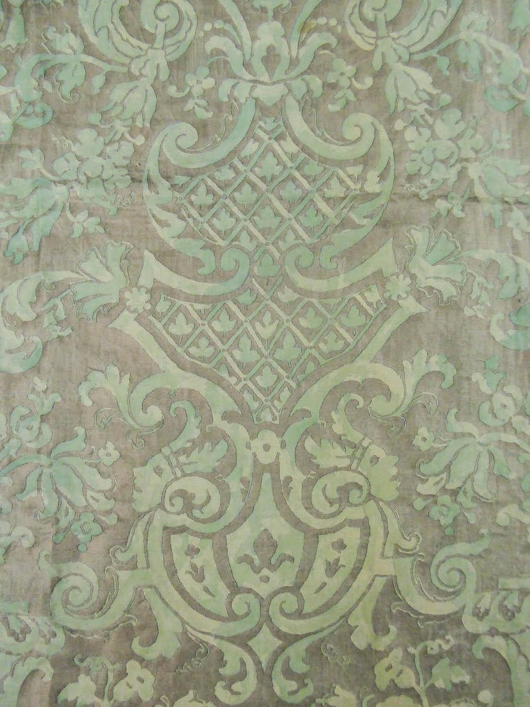 Mariano Fortuny Pair of silver printed curtains Venice, circa 1920 For Sale 4