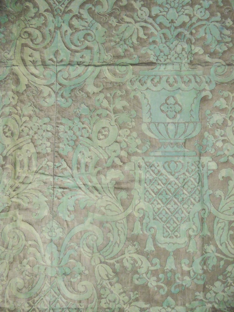 Mariano Fortuny Pair of silver printed curtains Venice, circa 1920 For Sale 5